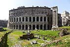 Teater i Rom - Theater of Marcellus in Rome Italy