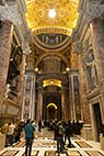 Sant Peters kirken i Rom - Interior of St Peters Basilica in Vatican Rome Italy