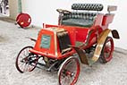 Bugatti museet i Mulhouse - Renault Tonneau from 1900 at the National Museum Schlumpf Collection at Mulhouse, Alsace, France