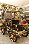 Bugatti museet i Mulhouse - Panhard Levassor Type A1 from 1898 at the National Museum Schlumpf Collection at Mulhouse, Alsace, France