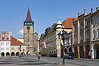 Centrum i Jizin Tjekkiet - The main square in the center of the town Jicin in the Czech Republic
